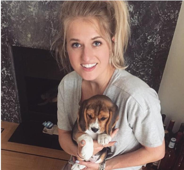 Britt Dekker Hondenbescherming